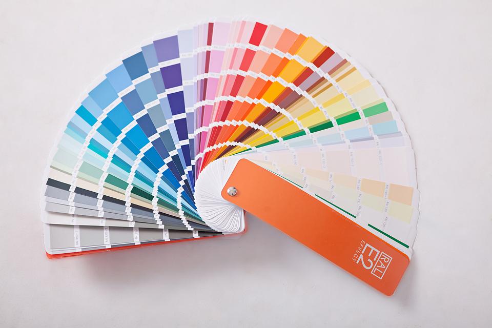 Kromatikus és akromatikus színek